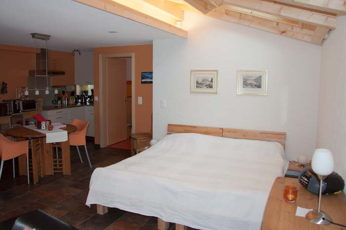 apartment-grindelwald-2.jpg